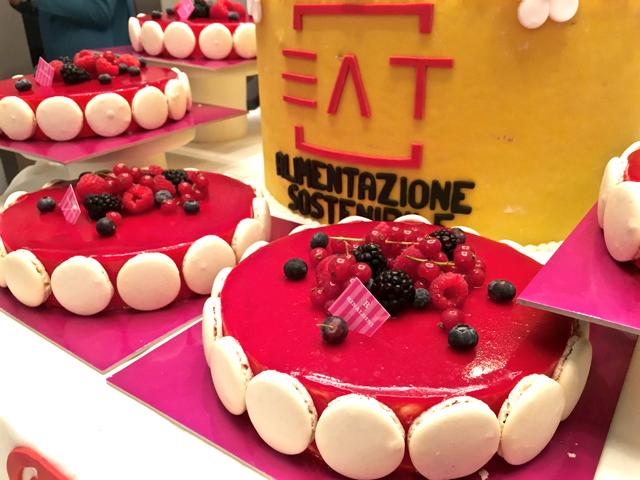 EAT_FeelingFood_cake