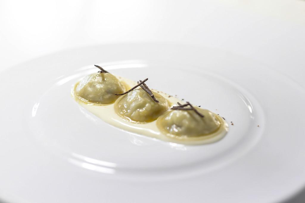 RAVIOLO - Patata, tartufo, pesteda e Valtellina Casera DOP